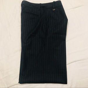 BCBGMaxAzria Pants - 🔥4/$20 Sale BCBG Maxazria Navy Black Pin Stripped
